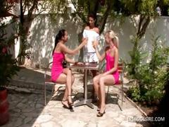 Three lesbo babes have hawt romantic action in the garden