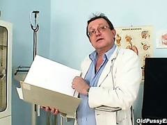 Shaggy pussy grandma visits pervy woman doctor